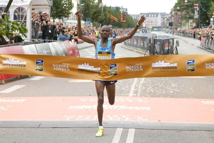 Абрахам Черобен выиграл Copenhagen Half Marathon с лучшим результатом сезона в мире