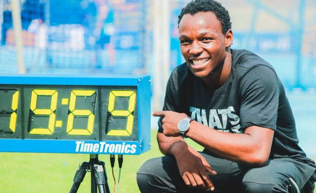 20-летний бегун из ЮАР вошёл в топ-10 самых быстрых в мире на дистанции 200 м +Видео